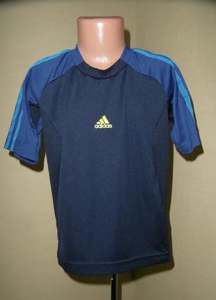 Спортивная футболка adidas , оригинал, на 7-8 лет система clim...