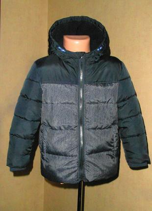 Теплая демисезонная куртка rebel на 3-4 года на флисовой подкл...