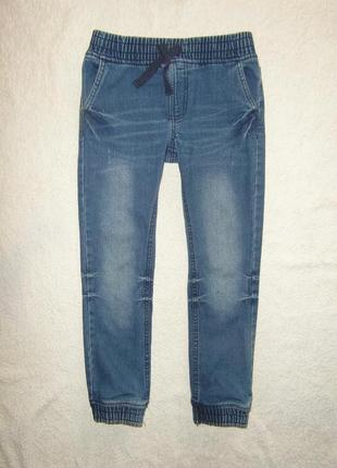 Модные джинсы, джоггеры с крутой варкой на 9-10 лет на резинке...