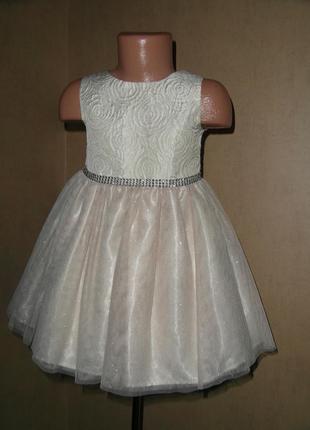 Нарядное блестящее платье с золотом на 3-4 года