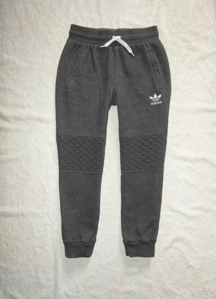 Спортивные штаны adidas на 9-10 лет с начесом, теплые, оригинал