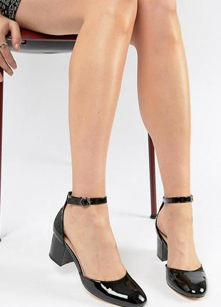 Лаковые туфли на низком блочном каблуке london rebel