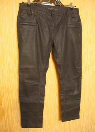 Мужские джинсы зауженные на р.50-52
