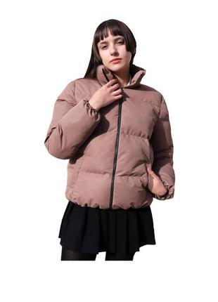 Ника.  легкая, короткая и стильная куртка.