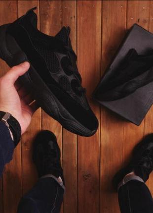 Черные кроссовок кеды ботинки