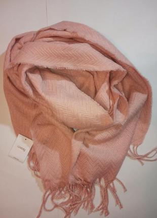 Персиковый шарф большой