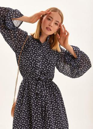 Платье шифоновое темно синее с принтом
