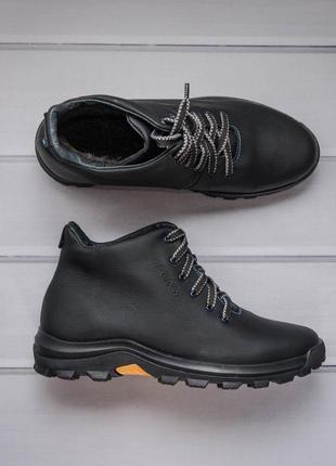 Качественные зимние ботинки из натуральной кожи