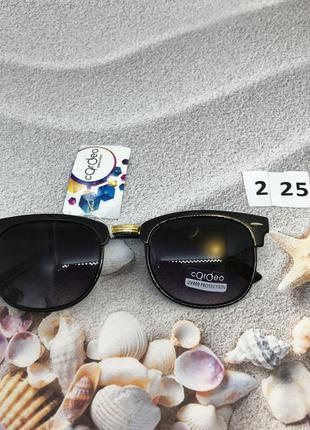 Солнцезащитные очки с чёрными линзами к. 2253