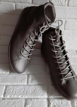 Шикарные хайтопы/ ботинки ecco