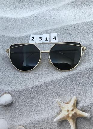 Женские очки с черными линзами в золотой оправе к.2314