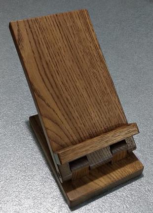 Деревянная подставка для телефона ручной работы