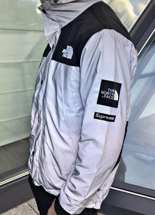 "Рефлективная куртка supreme x the north face ""black"""
