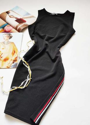 Корректирующее черное миди платье с ломпасами primark распрода...