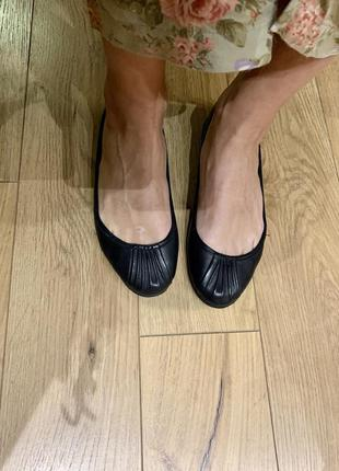 Балетки zara туфли кожаные