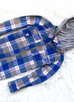 Качественная и стильная рубашка  кофта реглан с капюшоном rive...