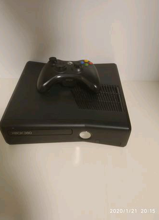 Продам xbox 360 slim ( lt.3.0 free but