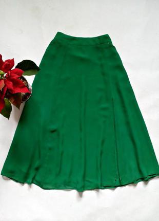 Шифоновая юбка с разрезом спереди