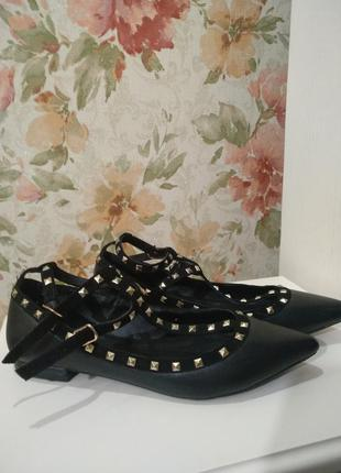 Кожаные туфли motivi