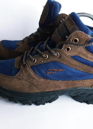 Прочные ботинки размер 41 стелька 26 см