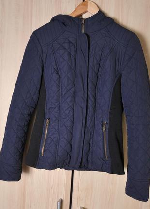 Куртка с капюшоном весна- осень new look