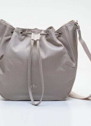 Новая лёгкая сумка bogner crossbody кисет есть 3 цвета: чёрный...