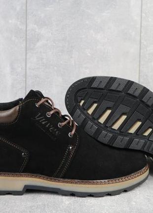 Мужские ботинки замшевые зимние черные yuves 781