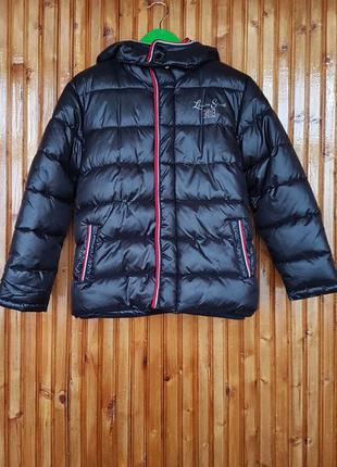 Стильная куртка с капюшоном nukutavake mayoral для мальчика.