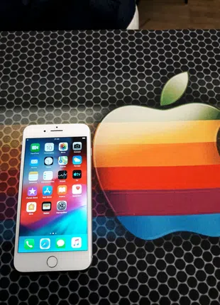Продам Apple iPhone 8+ на 64gb iCloud чистый состояние идеал   Ба