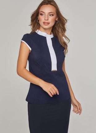 Женская блузка без рукавов синяя