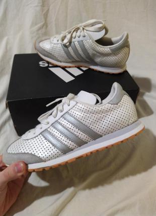 Кроссовки adidas кожа и замша оригинал размер 38 коробка