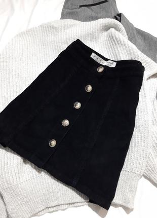 Вельветовая юбка на пуговицах