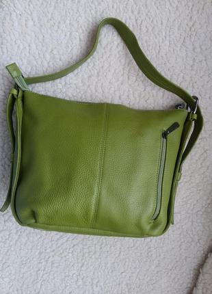 Вместительная кожаная сумка vera pelle 100% натуральная кожа