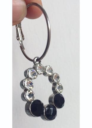 Серьги, сережки, біжутерія, прикраси.