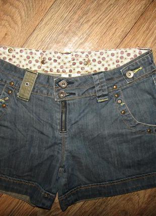 Джинсовые шорты р-р 10-38 бренд mng