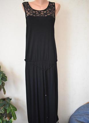 Новое длинное платье с кружевом