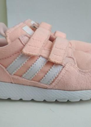 Летние кроссовки adidas  р.24