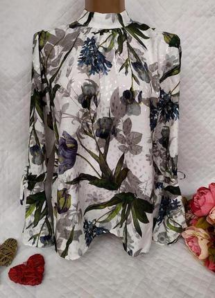 Шикарная вискозная блуза цветы размер12 -14 (44-46)