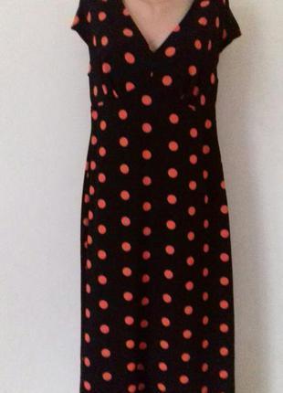 Длинное платье с принтом горошек