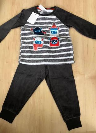Пижама на мальчика С&А 98см