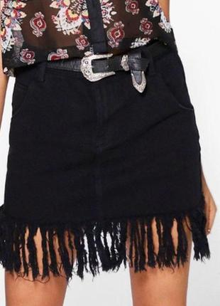 Модная джинсовая юбка с бахромой / стильна спідниця