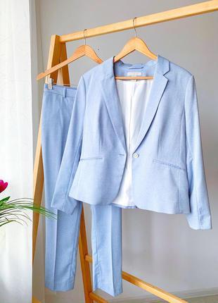 Голубий брючний/класичний жіночий костюм