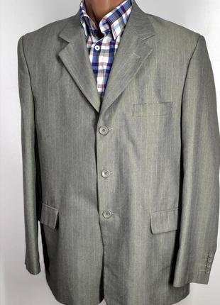 Мужской костюм италия размер 54