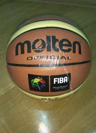 Баскетбольний М'яч