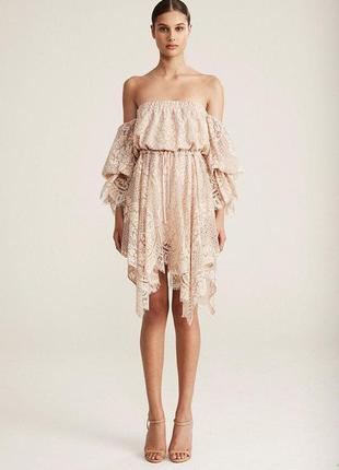 Шикарное стильное кружевное платье