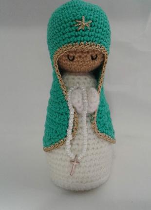 Вязаная фигурка Пресвятая Богородица