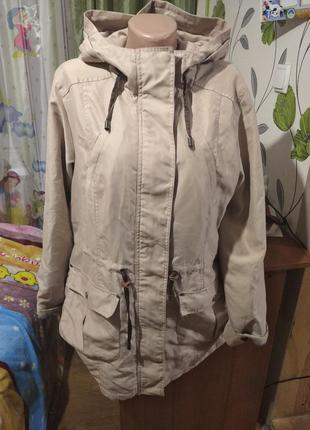 Куртка парка бежевая
