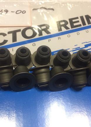 Сальник клапана (маслоотражатель) VICTOR REINZ Ford Transit