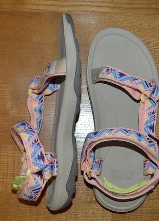 Фирменные босоножки сандалии teva hurricane xlt 2. оригинал.