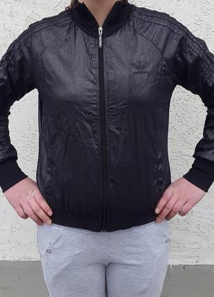 Куртка ветровка кофта adidas m 38-40 р. оригинал